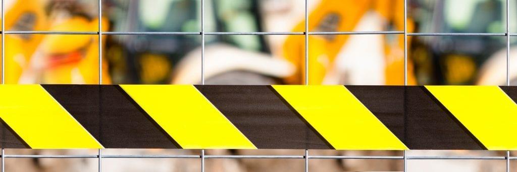 Délimitation de l'aire de travail - Périmètre de sécurité sur chantier de construction
